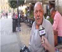بالفيديو .. أقدم بائع راديو يتجول فى «المحروسة» بصحبة «أم كلثوم»