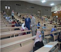 التعليم المدمج بسوهاج يعقد اختبارات القبول للمتقدمين لبرنامج دار العلوم