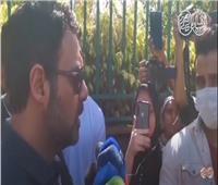 فيديو| عمرو محمود ياسين يكشف تفاصيل الساعات الأخيرة بحياة والده