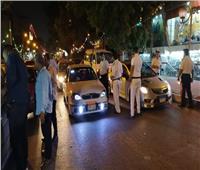 الأمن ينظم حركة المرور بالمعادي بعد تجمع مئات لحضور افتتاح مطعم