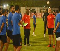 قبل موقعة السبت| موسيماني يراجع خطة اللعب والمهام المكلف بها لاعبي الأهلي