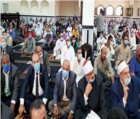 وزير الأوقاف والمفتي يؤديان صلاة الجمعة في السويس