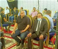فيديو وصور| يوسف شعبان يقدم واجب العزاء لأسرة الراحل محمود ياسين
