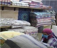 فيديو| عارض من أخميم بـ«تراثنا» : سعر «الكوفرتة» اليدوية يصل لـ400 جنيه