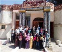 شباب مبادرة «من حقك تعرف» يتفقدون مشروعات تنموية بمركز المنشاةبسوهاج