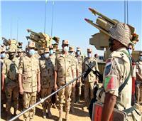 رئيس الأركان يشهد المرحلة الأولى لإجراءات تفتيش حرب إحدى تشكيلات الجيش الثالث