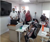ناىب محافظ القاهرة يتابع الإجراءات الاحترازية داخل مدرسة النقراشي