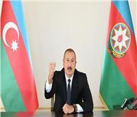 الرئيس الأذربيجاني يعلن سيطرة قوات بلاده على مدينة قرب الحدود مع أرمينيا