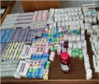 ضبط أدوية ومستحضرات تجميل منتهية الصلاحية بعدد من صيدليات الغردقة