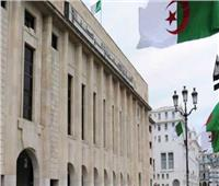 البرلمان الجزائري يقرر رفع الحصانة عن نائبين يواجهان اتهامات قضائية
