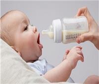 دراسة تؤكد تسرب جزئيات بلاستيكية في رضاعات الطفل