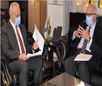 محافظ الأقصر والسفير الإيطالي يبحثان فعاليات «الأيام الإيطالية في الصعيد»