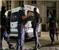 حقيقة فيديو اقتحام مسجد في فرنسا بتوجيهات من ماكرون؟