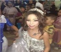 «بيقدم الشبكة».. فيديو جديد لخطوبة طفلين في عين شمس