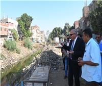 محافظ قنا يبدى استيائه من تدني مستوى النظافة في قرية «أولاد نجم القبلية»