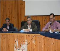رئيس جامعة قناة السويس يؤكد الدعم الكامل لعودة كافة الأنشطة الطلابية