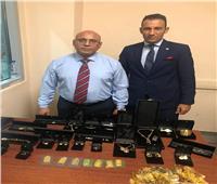 ضبط محاولة تهريب سبائك ذهبية وأحجار كريمة بمطار القاهرة