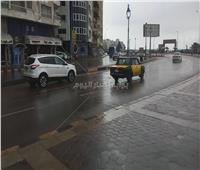 صور| أمطار متوسطة على الإسكندرية.. وطوارئ بالصرف الصحي
