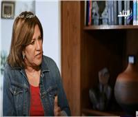 هدى جمال عبد الناصر تكشف سبب عدم حضور والدها فرح شقيقته
