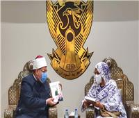 صور   وزير الأوقاف يلقي كلمة حول الدين والوطن ومشروعية الدولة بالخرطوم