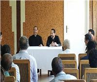 الأنبا باخوم يجتمع بأبناء كنيسة الأقباط الكاثوليك بالقاهرة الجديدة