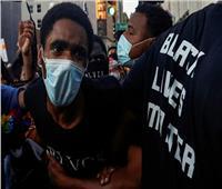 تظاهرة منتظرة بعد إطلاق الشرطة النار على زوجين من السود في إيلينوي بأمريكا