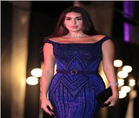مصممة أزياء تقدم تحليلا صادما لسواريهات نجمات مهرجان الجونة