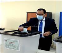 انتخابات النواب 2020| شاهد إدلاء رئيس الوزراء بصوته داخل لجنته بالشيخ زايد
