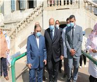 محافظ القاهرة يصرف مكافأة لجميع العاملين بمستشفى المنيرة العام