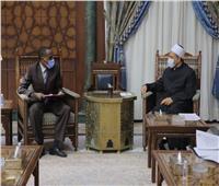 رئيس تشاد للإمام الأكبر: العربية أصبحت مساوية للغة الفرنسية لهذا السبب