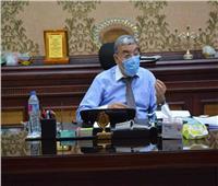رئيس مجلس أبو قرقاص بالمنيا يحيل 10 موظفين بالإدارة الصحية للتحقيق