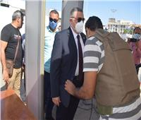 اللواء عمرو حنفي يتفقد عددا من اللجان الانتخابية بمدينة الغردقة