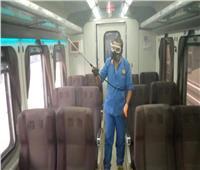 صور| تعقيم وتطهير قطارات السكة الحديد ضد كورونا