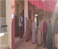 تزايد طوابير الناخبين علىلجان الانتخابات بالوادي الجديد