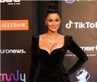 لليوم الثاني.. هدى الأتربي «تريند جوجل» بسبب فستانها الجريء