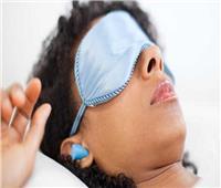 6 مخاطر عند استخدام سدادات الأذن أثناء النوم