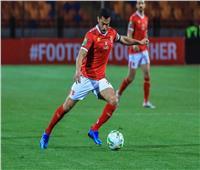 أحمد حسن: «فتحي» يستحق التكريم من النادي الأهلي