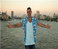 عمرو دياب يتصدر «يوتيوب» بأغنية «الجو جميل»