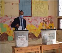 رئيس جامعة سوهاج يدلي بصوته في انتخابات مجلس النواب