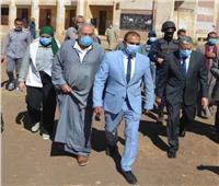 انتخابات النواب 2020| محافظ المنيا يتابع انتظام التصويت باللجان