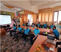 صور.. جامعة القناة تدرب طلاب المدارس على مواجهة كورونا