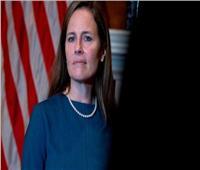 «الشيوخ الأمريكي» يعين مرشحة ترامب قاضية بالمحكمة العليا