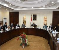 وزير الإسكان يناقش المخططات الاستراتيجية لتنمية مرحلتين بالإدارية الجديدة