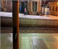الأسلاك «العريانة» تهدد حياة المسافرين بمحطة «نجع حمادي»