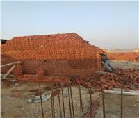 صور| حي الهرم يزيل أعمال بناء مخالفة
