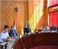 محافظ الإسماعيلية يستعرض الاستعدادات لانتخابات مجلس النواب
