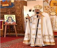 البابا تواضروس يصل الكاتدرائية لترؤس صلاة العشية