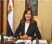 خاص| وزيرة الهجرة: «المرأة المصرية قادرة على المساواة بين عملها وأولادها»