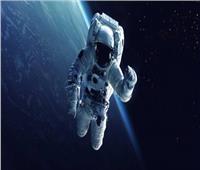 رائدا الفضاء الروسيان يخرجان إلى الفضاء المكشوف 18 نوفمبر