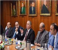خلال اجتماعات المؤسسات القومية.. عبد الصادق الشوربجي يؤكد أهمية تعظيم قيمة العمل